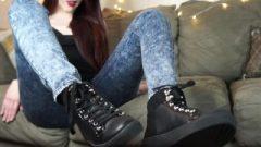 Sweaty Sneakers Foot JOI! Feet Socks Smelly Wank Off Instruction Femdom