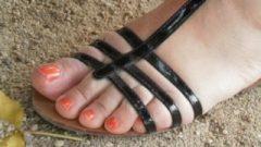 Voici De Bon Gros Pieds D'une Femme Arabe Que J'adore, Arabe Smelling Feet