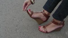 Flirtatious Sandals And Long Toes