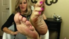 Nikki Ashton – Pretty MILF Soles Feet Jerkoff Instruction – JOI