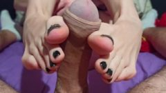 The Best Nice Footjob Ever ! Tori's Toes And Soles Are Wonderful