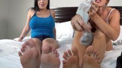 #1 Footjob Feet Kink Star