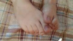 Spicy Nubile Pretty Feet Joi Foot Tease