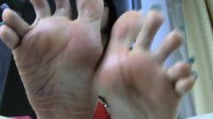 Coco's Long Toenails And Succulent Feet
