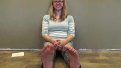 Sydney Size 8 Nerd Whore Feet