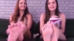 Toe Wiggling Collection – Vieira Sisters