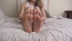 Enormous Feet Of Sommer