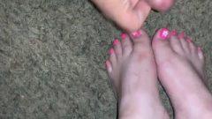 Cumhots On Beautiufl Provoking Feet And Toes Collection (amatuer Mexican Feet)