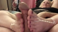 Purple Toes Footjob With A Provoking Cum-Shot On Her Racy Feet